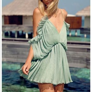 7e1ffad336 Alice McCall Other - Alice McCall At First Sight Playsuit in mint 2
